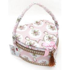Шкатулка для рукоделия Весна в Париже Classic Pink Heart, 24x24x12см