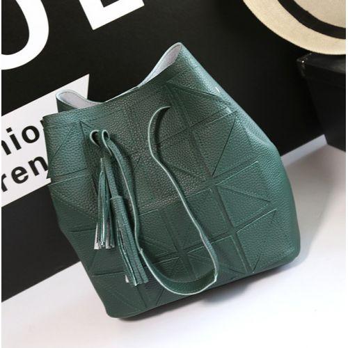 22d52a5e0937 Зеленая вместительная женская сумка · Зеленая вместительная женская сумка  ...