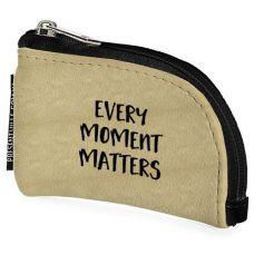 "Карманная ключница ""Every moment matters"""